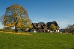 Jagdhaus-im-Herbst-01