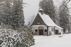 Jagdhaus-im-Winter-01