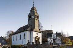 Pfarrkirche-St-Hubertus-Nordenau-01